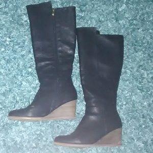 Black Knee Boots